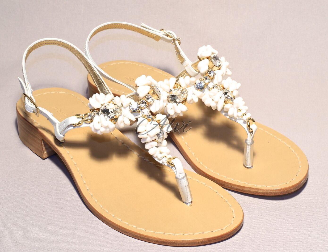 Sandali bianchi con coralli 1fa41d9ae70