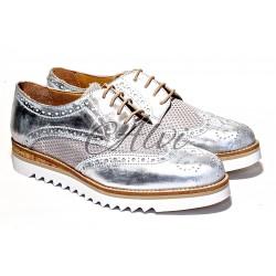 Scarpe allacciate stile maschile argento antico